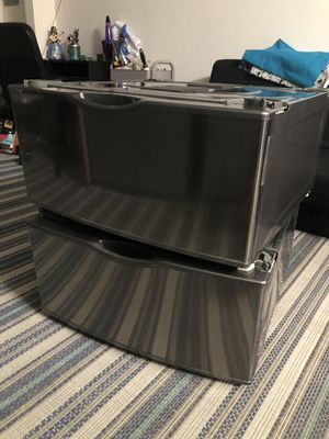 Samsung steam and gas dryer and washer pedestal set for Sale in Hayward, CA