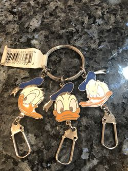 Vintage Collectible Disney Donald Duck 3 Face Key Chain Brand New with Tag for Sale in Cerritos,  CA