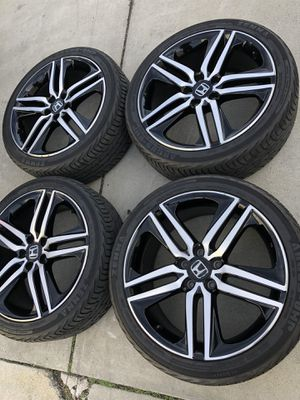 Rims and tires 19x8 5x114.3 for Honda acord sport for Sale in Santa Ana, CA