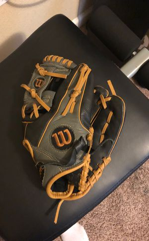 Wilson A550 baseball glove for Sale in Antioch, CA