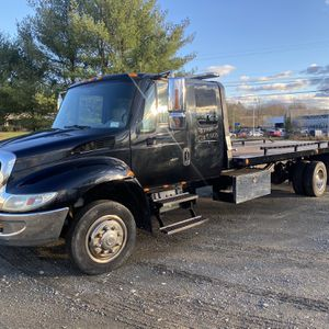 2007 International 4300 Rollback/flatbed for Sale in Poughkeepsie, NY
