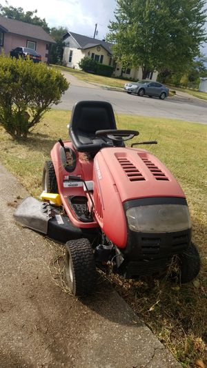 Lawn mover tractor for Sale in Fort Worth, TX