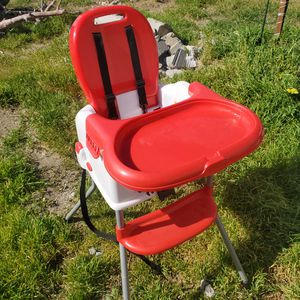 Kids booster/ highchair for Sale in Fontana, CA