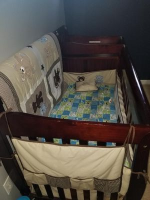 Baby crib, like new hardly used. for Sale in Kent, WA
