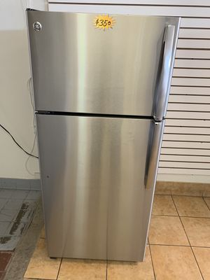 Refrigerator GE for Sale in Rialto, CA