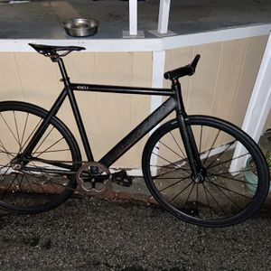 6ku Track bike for Sale in Los Angeles, CA