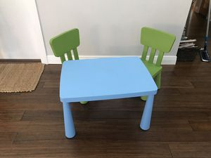 IKEA kids table and chairs $30 for all 3 pieces for Sale in Hollywood, FL