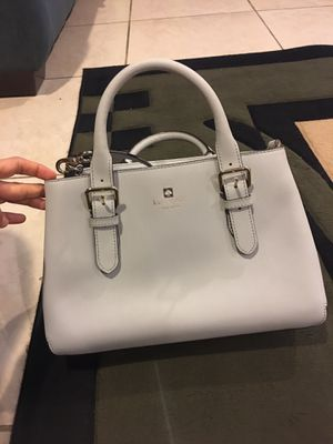 Authentic Kate Spade bag, purse Medium convertible shoulder bag for Sale in Anaheim, CA