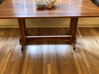 Dining Table - Pedestal - Wood Mid Century for Sale in Pasadena,  CA