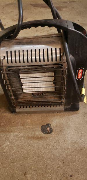 Dya glow propane heater for Sale in Carpentersville, IL