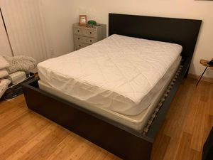 FREE Full Size mattress and box spring for Sale in Manhattan Beach, CA