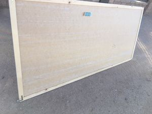 Free closet door for Sale in Hesperia, CA