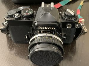 Nikon FE 35mm Camera Body Black + 3 lenses + flash + case + tripod for Sale in West Hollywood, CA