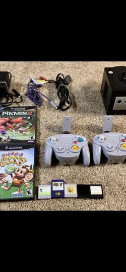 Original Nintendo GameCube System Black (With 2 Wireless Controllers And Memory Cards) for Sale in Batavia,  IL