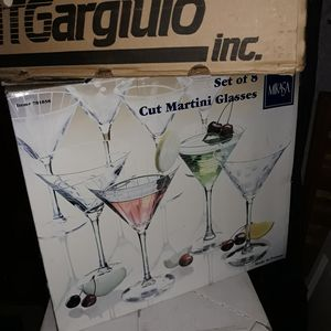 Large Martini Glasses for holiday (non) gathering for Sale in Everett, WA