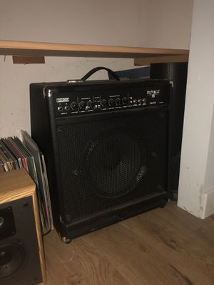 Fender bass amp for Sale in Portland, OR