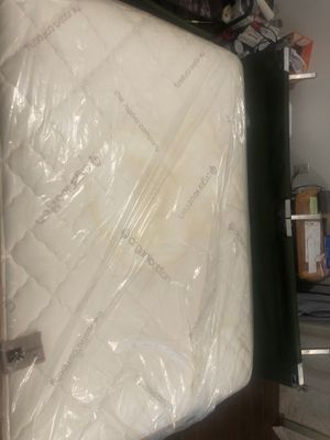 Mattress in a good condition full size ? for Sale in Fresno, CA