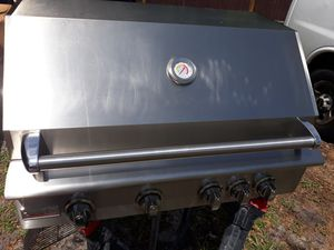 """Paradise grills 32"""" 4 burner bbq grill for Sale in Orlando, FL"""