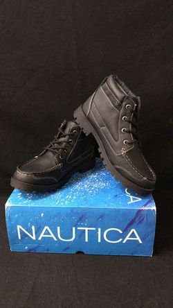 NWT Nautica Little Boy Lakeside Snow Boot Black Size 3 for Sale in Tustin,  CA