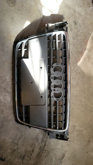 2012 Audi a4 Quattro front grill for Sale in Fontana, CA