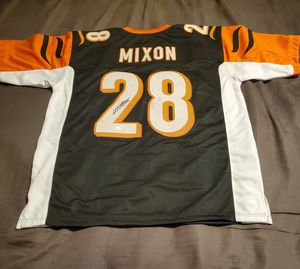 Autographed Joe Mixon Jersey for Sale in Greenville, SC
