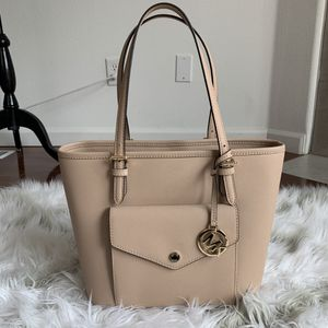 Michael Kors Jet Set Tote Bag for Sale in Portland, OR