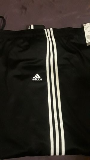 ADIDAS Sweat pants 3XL for Sale in Fresno, CA