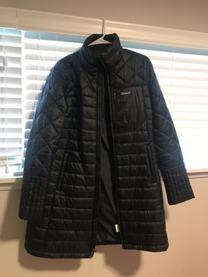 Women's Patagonia Raincoat for Sale in Seattle, WA