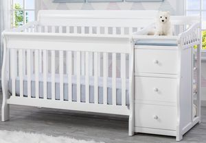 White crib with changing table and toddler bed for Sale in New York, NY