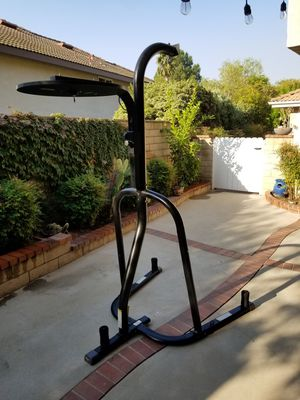 Everlast Dual Station Heavy and Speed Bag for Sale in Alta Loma, CA