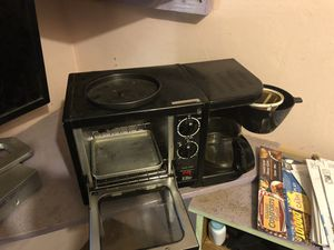 Dorm room/camper/home coffee maker and toaster oven griddle for Sale in Fresno, CA