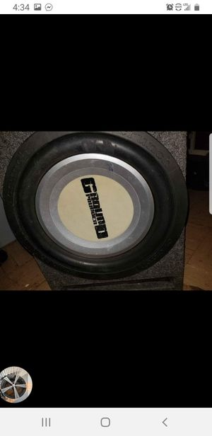 Amplifier in 12 and speaker for Sale in Tampa, FL