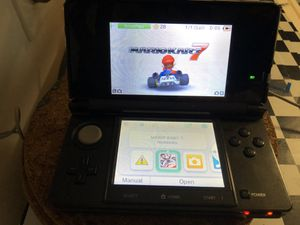 Nintendo 3DS with Mario kart game and charger for Sale in Miami, FL