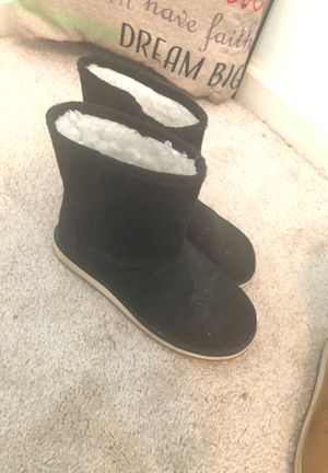 Size 2 girl black boots for Sale in Acworth, GA