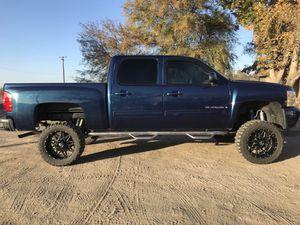 Silverado 2009 for Sale in Laton, CA