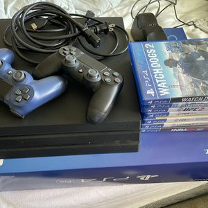 PS4 PRO 1 TB +games w/extra controller for Sale in Woodside, CA