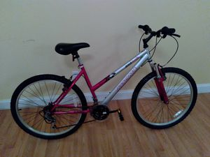 MAGNA GREAT DIVIDE. 21 SPEED for Sale in Palm Bay, FL