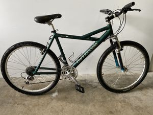 CANNONDALE mountain bike for Sale in Chantilly, VA