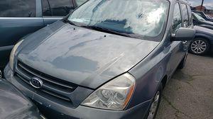 2006 Kia Sedona bad trany I think for Sale in Happy Valley, OR