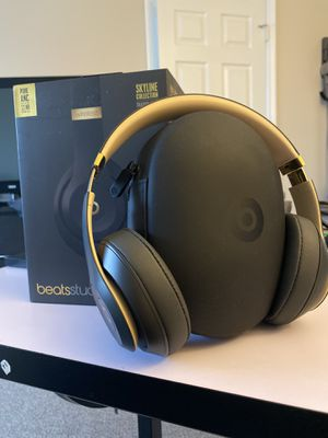 Beats studio 3 wireless Skyline collection for Sale in Centreville, VA