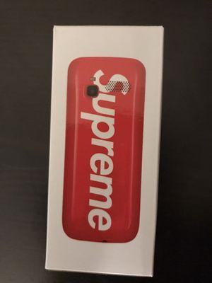Supreme BLU burner phone for Sale in Everett, WA
