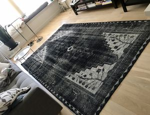 Crate and Barrel - Anice Black Rug 6x9 for Sale for sale  New York, NY