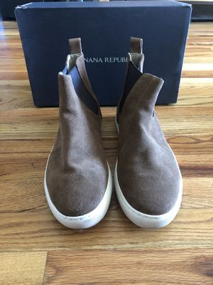 Banana Republic Men Chelsea Boots Fall Boots size 9.5 for Sale in Queens, NY