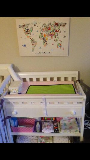 Changing baby Table with Drawers for Sale in San Jose, CA