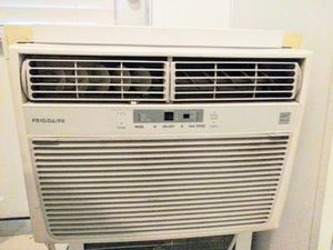 Window unit Air conditioner for Sale in Taylorsville, UT