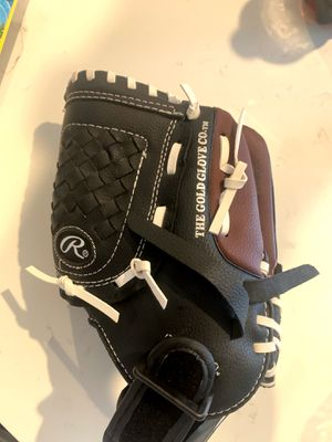 """Rawlings Baseball glove left hand 9"""" for Sale in Miami, FL"""