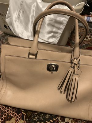 Coach purse/tote (authentic) for Sale in Pittsburg, CA