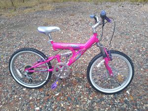 "Girls bike 20"" 6 speed helmet for Sale in Norcross, GA"