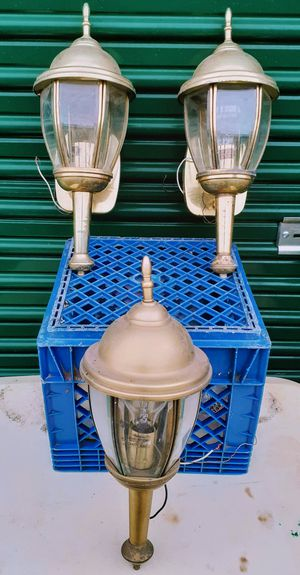 3 outdoor electric lanterns for Sale in Medford, OR