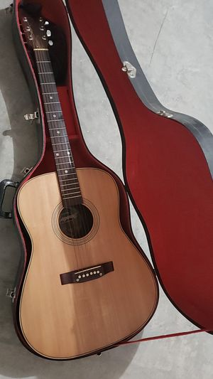 acoustic guitar for Sale in Baytown, TX